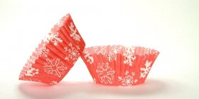 500pc Snowflake Red Design Standard Size Cupcake Baking Cups Liners Wrappers