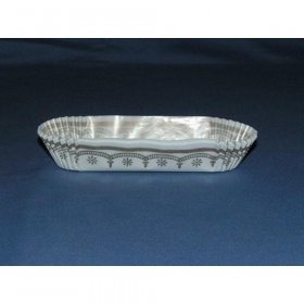 "500pc 4 1/2"" Eclair Cup  Size: H  1"" X W  1 1/4"" X L  4 1/2"""
